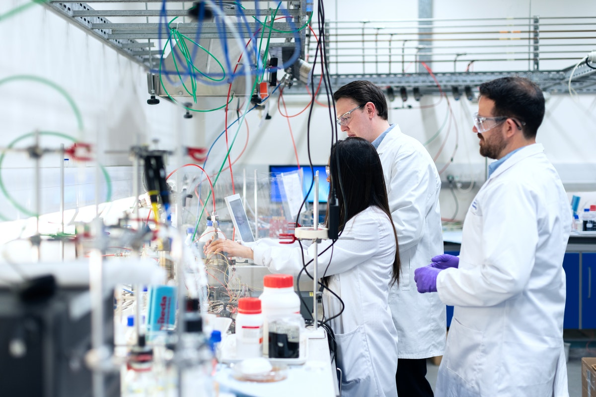 Six Factors to Consider When Designing Your Pathology Lab