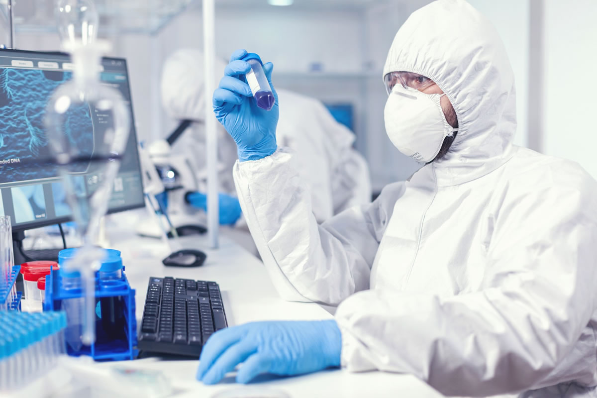Five Ways to Prioritize Lab Safety when Working in the Lab
